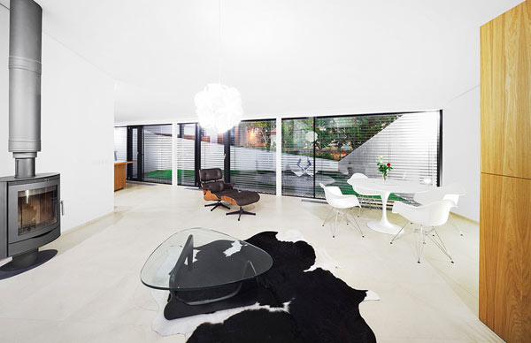 Eames Interior design icon eames lounge chair: interior ideas, inspiration and