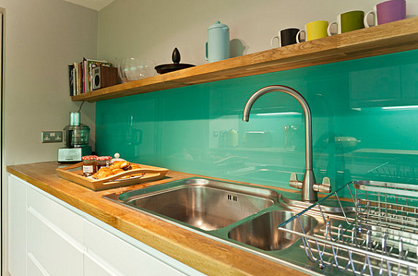 Emerald green kitchen backsplash