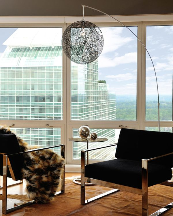 Fabulous floor lamp ensures that the line of sight remains unobstructed thanks to its design