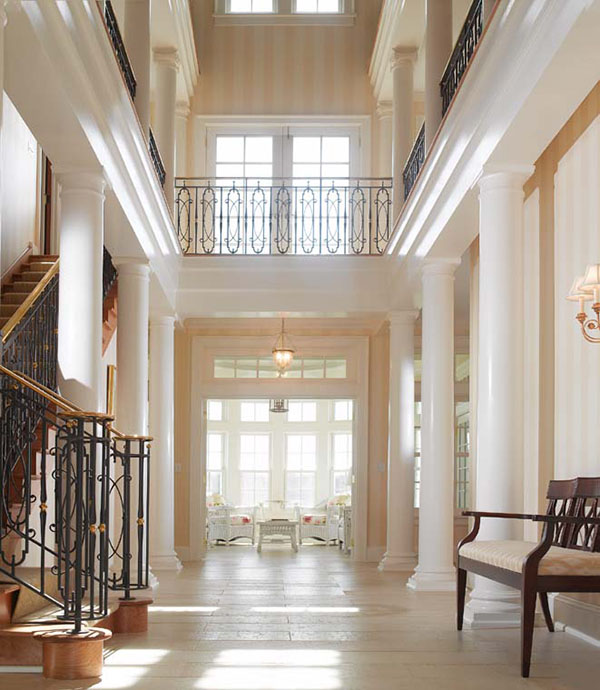 Foyer With Columns