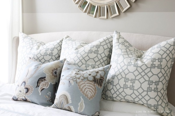 Gray and white geometric design accent pillow DIY