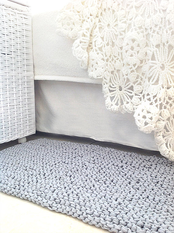 View In Gallery Gray Knit Rug