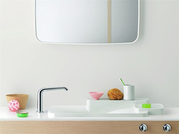 Sink by Hansgrohe and photo via Archiproducts