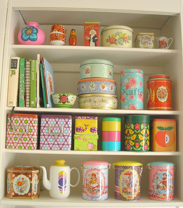Kitschy KitchenShelves