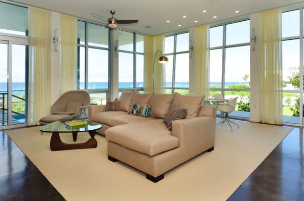 Light yellow drapes blend in with the decor beautifully 30 Modern Curtains to Adorn Your Sliding Glass Doors in Style