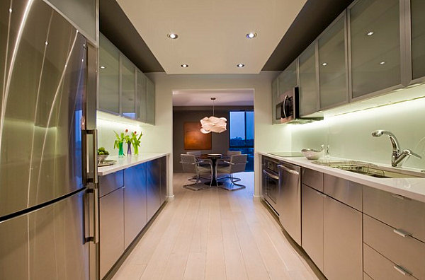 Metallic cabinets in a modern kitchen The Shiny Kitchen: Metal Decor for Your Culinary Space