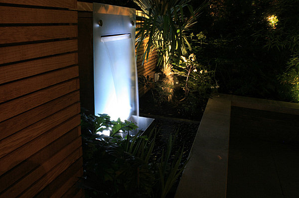 Modern water feature in a contemporary yard