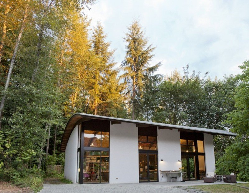 Nautilus Studio in the woods Nautilus Studio: Inspirational Design Makes For An Innovative And Artistic Dwelling
