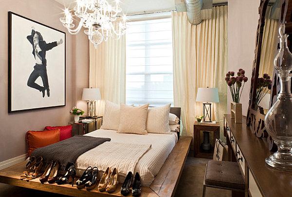 No-frills feminine bedroom