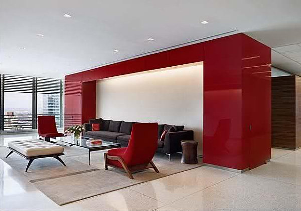 How to decorate with shades of red - Pristine shades white home decor ...