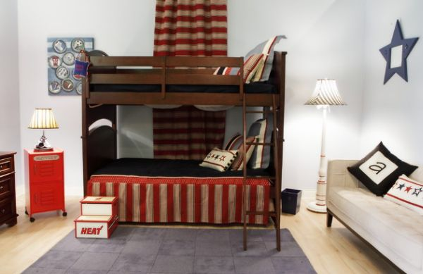 Red, white and blue bedroom idea for teen boy