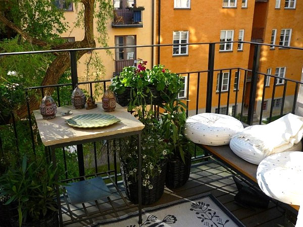 Seating along the edge of a small balcony
