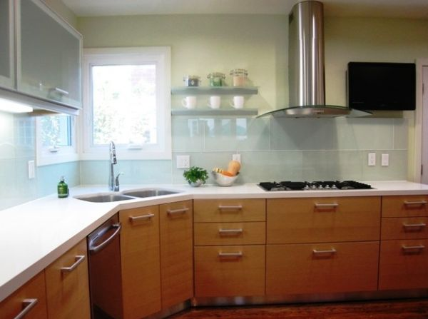 View In Gallery Sleek And Ergonomic Modern Kitchen With Corner Split Sink