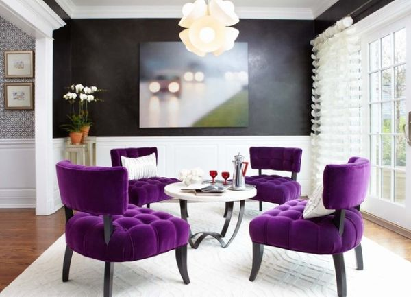 Stunning room in black and white with purple chairs for an extravagant look Accentuate With Majesty: Purple Passion for Contemporary Interiors