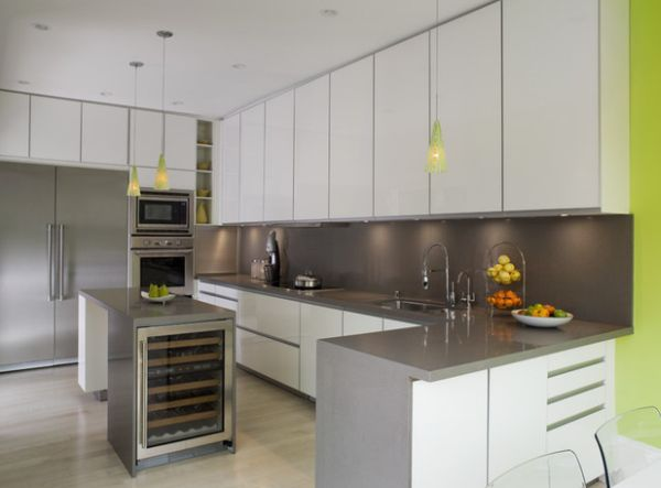 Stylish pendant lamps are an ideal way to add color in the kitchen