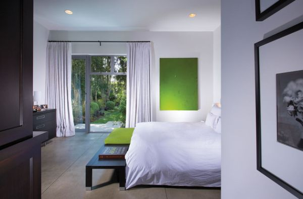 Using the accent color in more than one place lends a sense of balance to the room