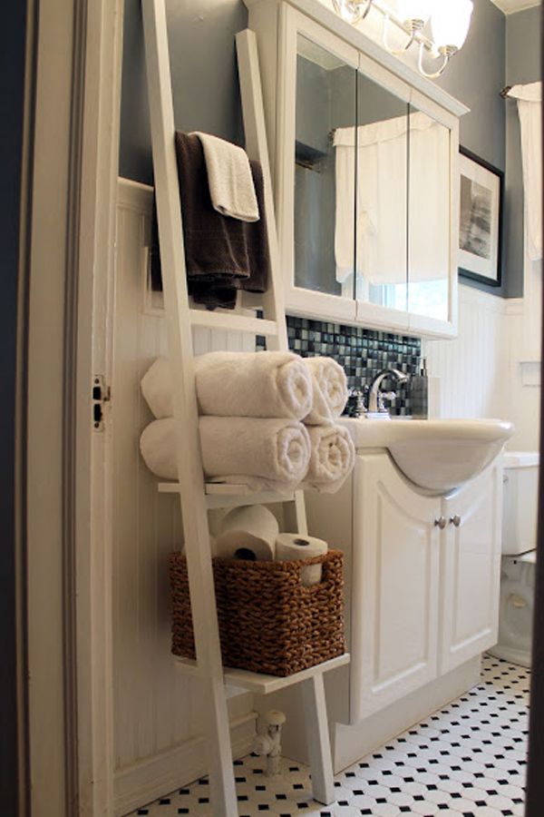 White ladder bathroom organizer