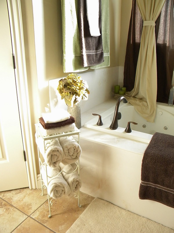 Bathroom Ideas Towel Racks diy towel racks for a chic bathroom update