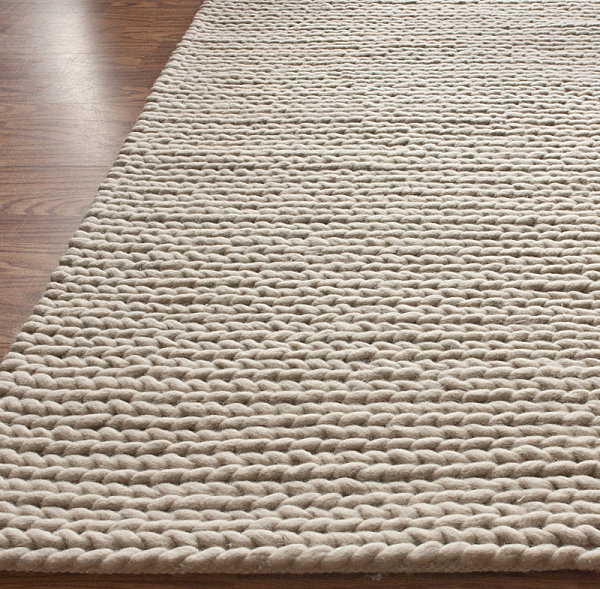 Wool knit cable rug