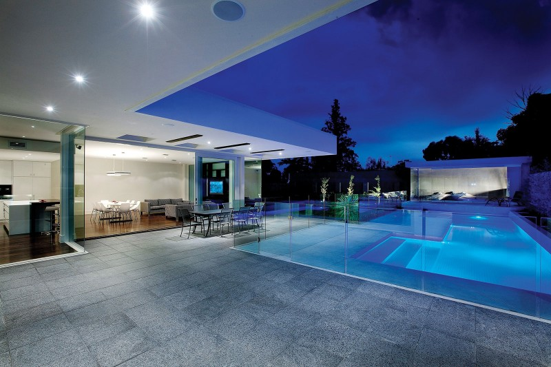 contemporary terrace with pool