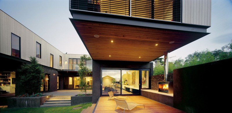 suspended house over terrace