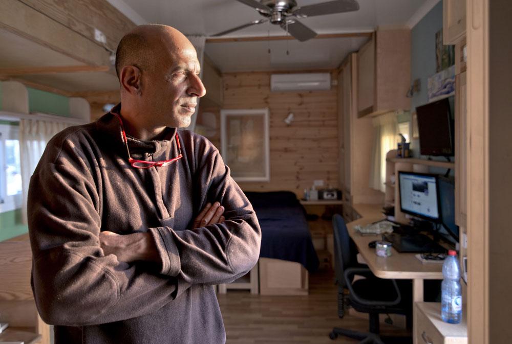 Truck Home: Ingenious Israeli Turns Truck Into Exquisite & Ergonomic House On Wheels