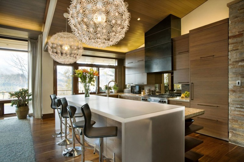 Warm And Contemporary Residence Amidst Snow Filled Slopes Of Aspen