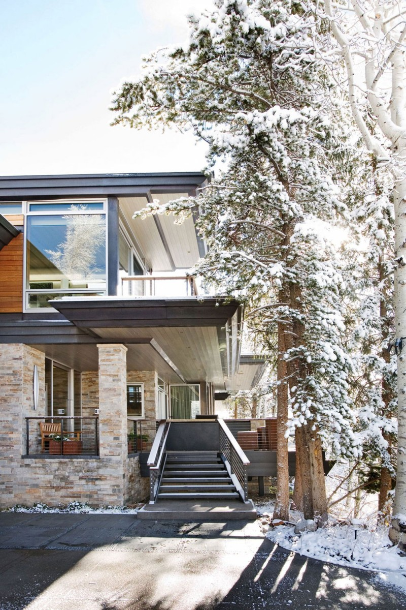 Wrights Road: Warm And Contemporary Residence Amidst Snow-Filled Slopes Of Aspen
