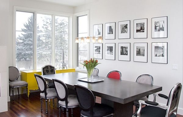 Accent colors look far more impressive when surrounded by black and white