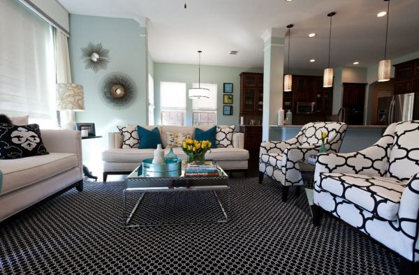 Black and white print combined elegantly with striking turquoise accents