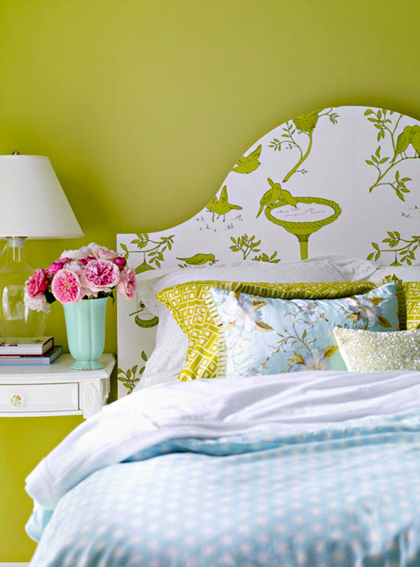 Creative DIY Wallpaper for a Special Touch