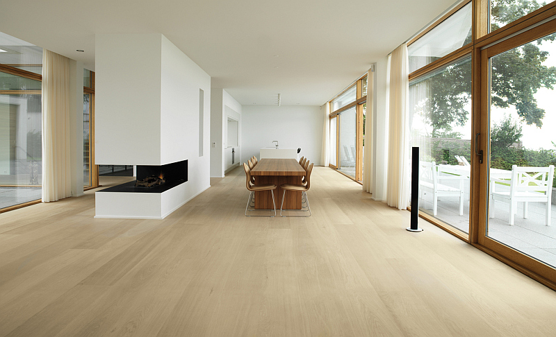 Denmark home living room - Dinesen oak floor