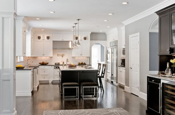 Light grays combined effortlessly with black cabinetry