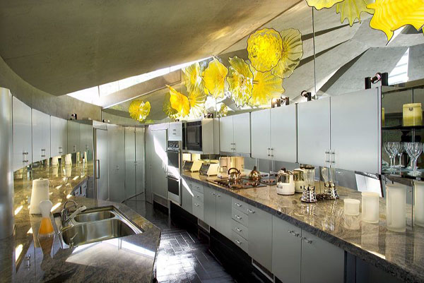 Luxurious spaces with colorful details (10)