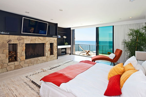 Luxurious spaces with colorful details (9)