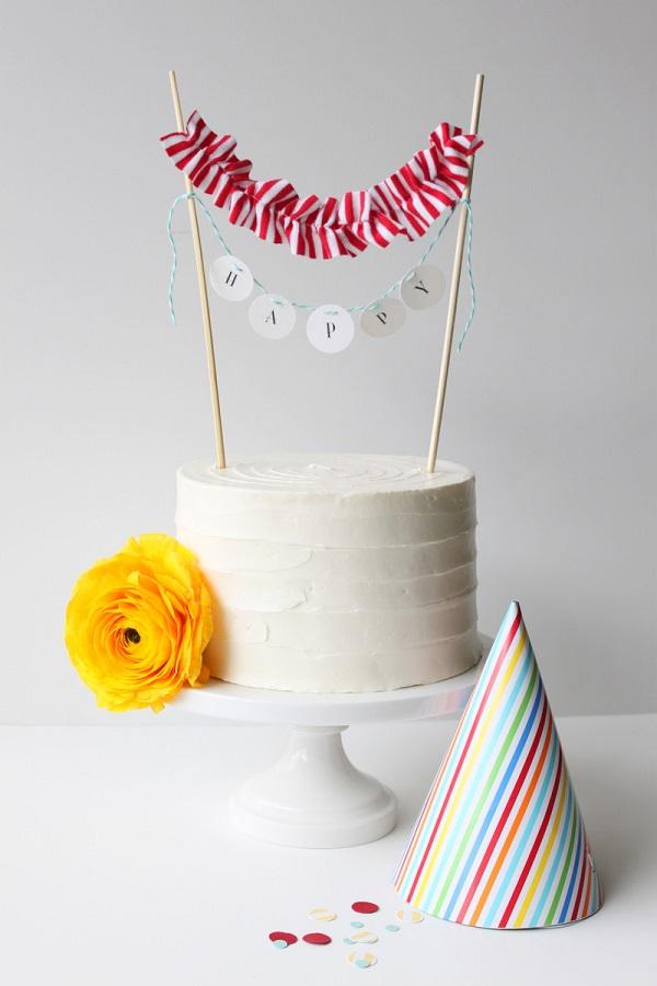 Mini cake banner DIY