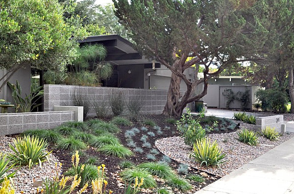 Front yard landscape ideas that make an impression for Modern front garden design