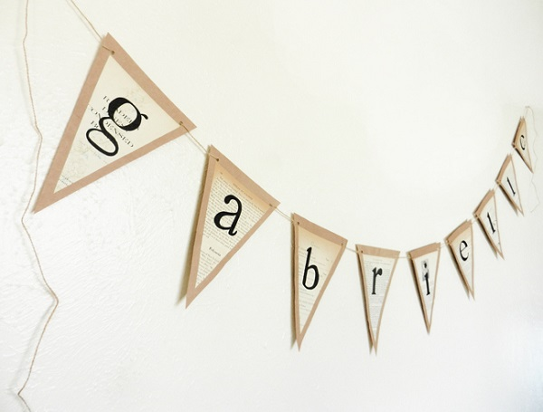 Recycled paper banner DIY