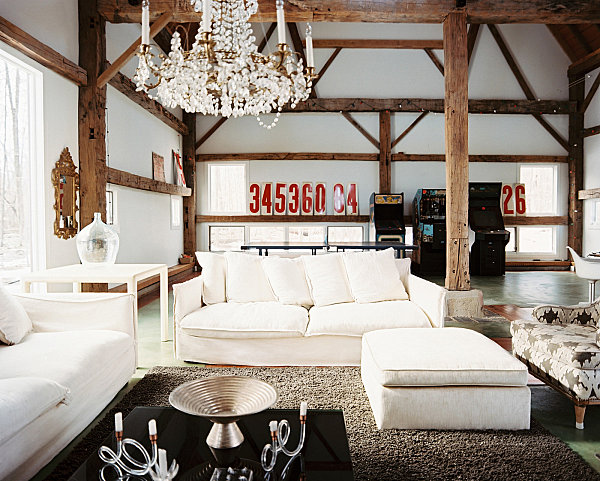 Country home decor with contemporary flair Modern rustic living room