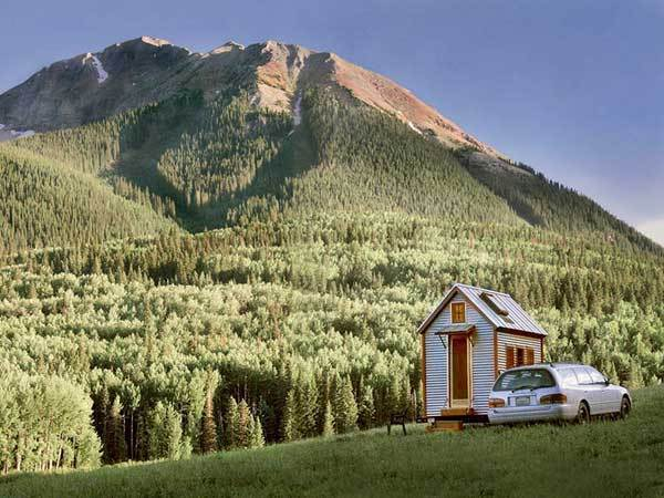 the compact style of tiny tumbleweed homes