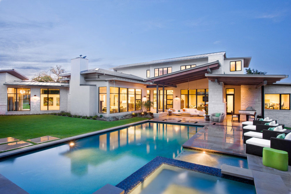 Bright and beautiful blanco house promises luxury with for Traumhaus modern