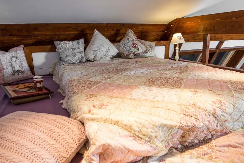 comfy bed linens