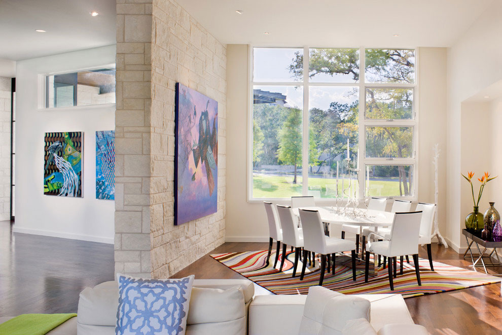 cool dining table with colorful rug