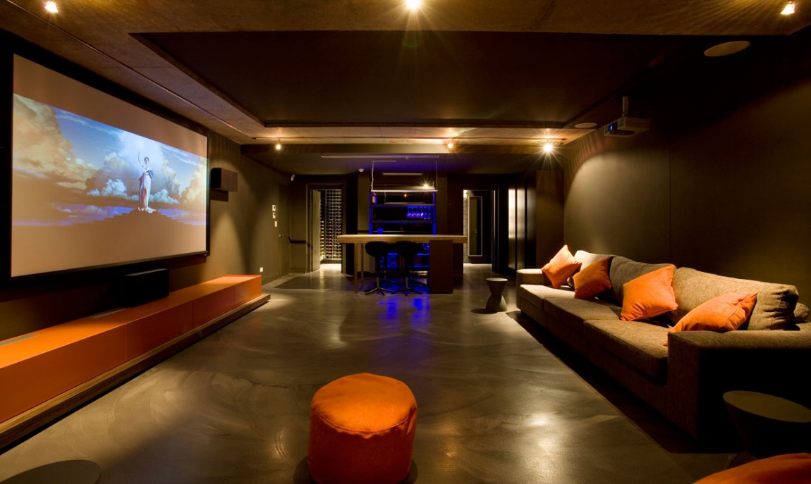 Cool Media Room Decoist