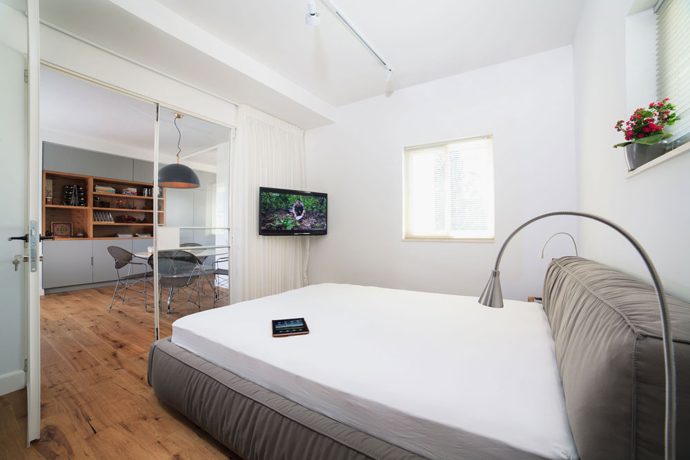 modern bachelor pad
