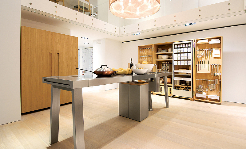 modern kitchen - Oak flooring