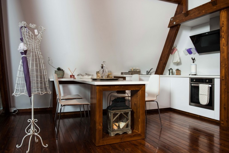 self-sustainable home - fancy white kitchen
