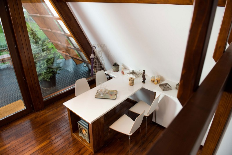 self-sustainable home - kitchen table