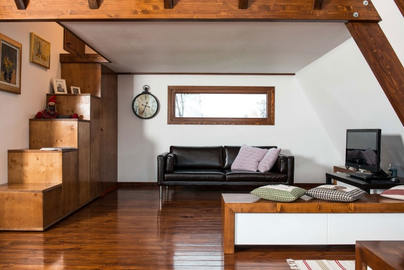 self-sustainable home - living room