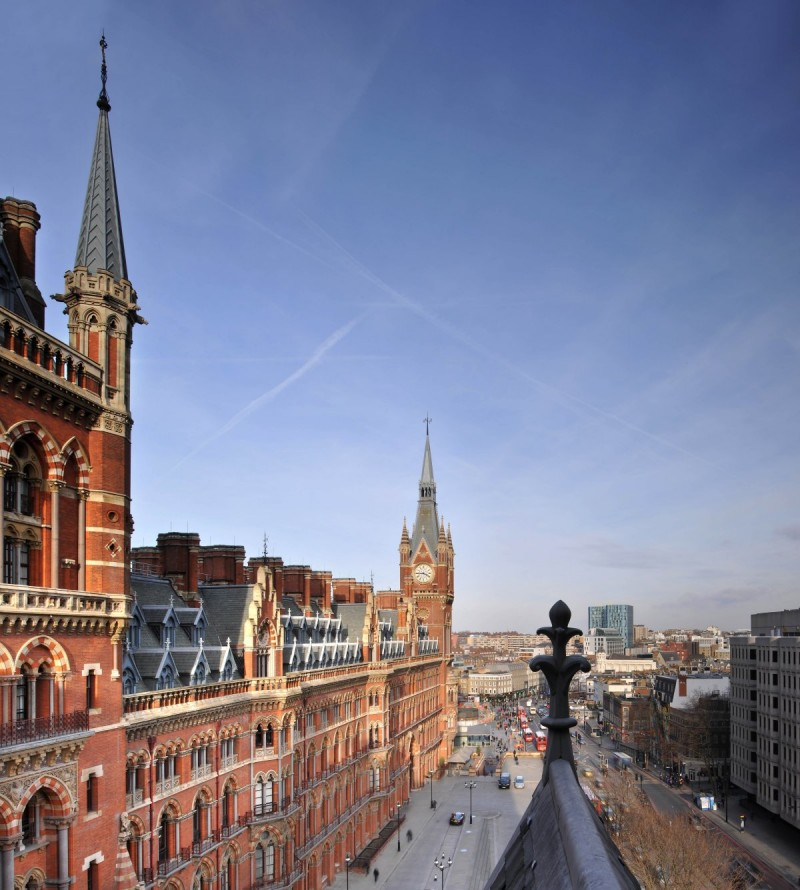 st pancras building Revamped Penthouse in St Pancras Chambers Blends Modern and Classical design!